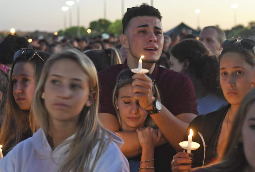 Vigil at Marjory Stoneman Douglas High School