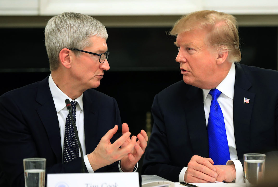 Trump with Tim Cook