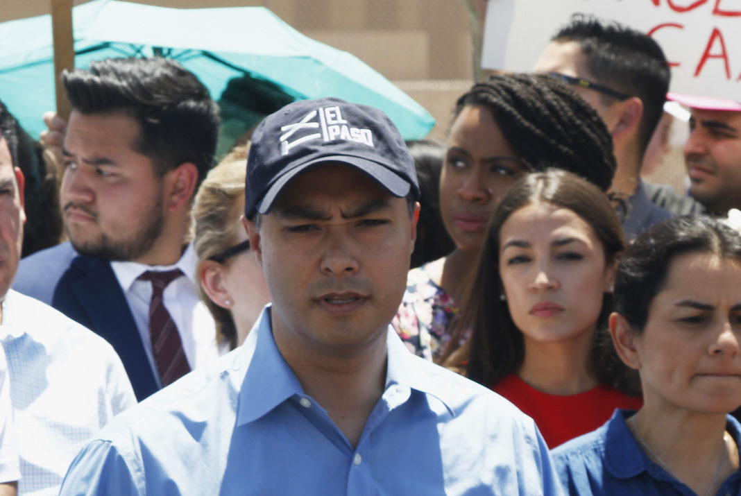 Rep. Joaquin Castro (D-TX) with Reps. Alexandria Ocasio-Cortez, Ayanna Pressley, and members of Congressional Hispanic Caucus at the border