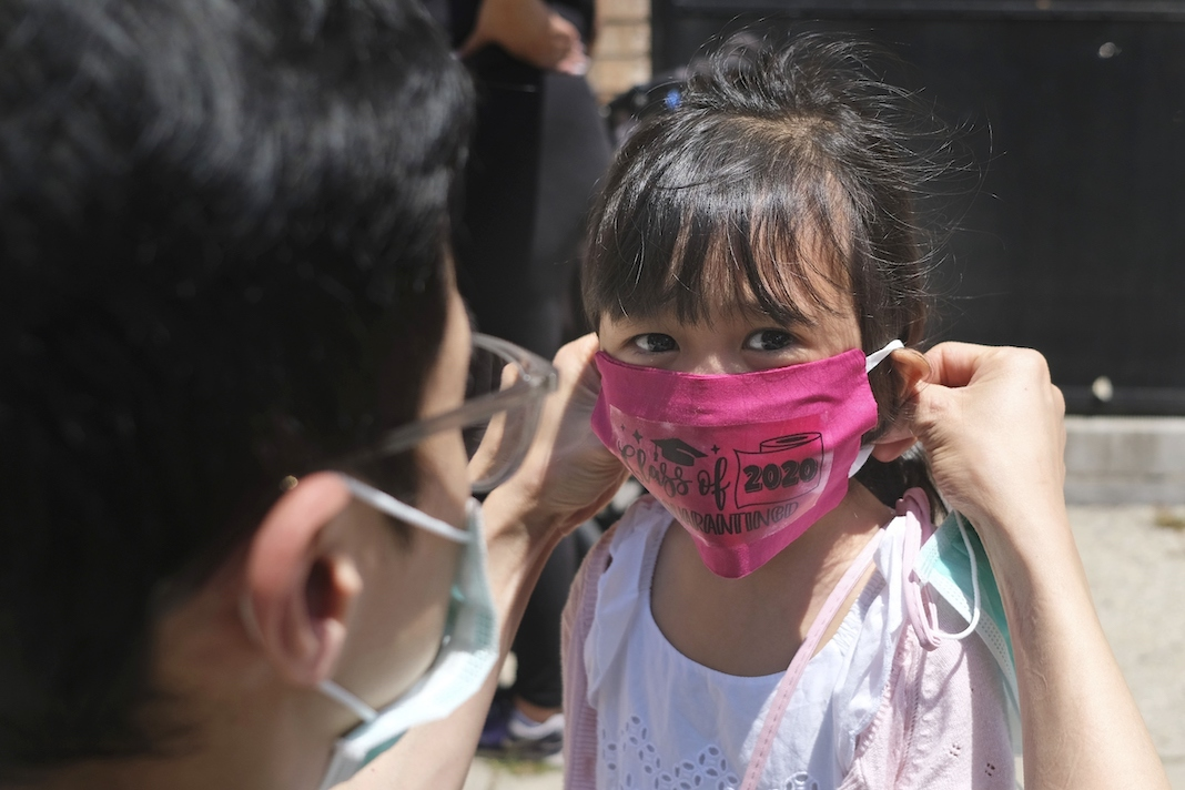 Child in mask