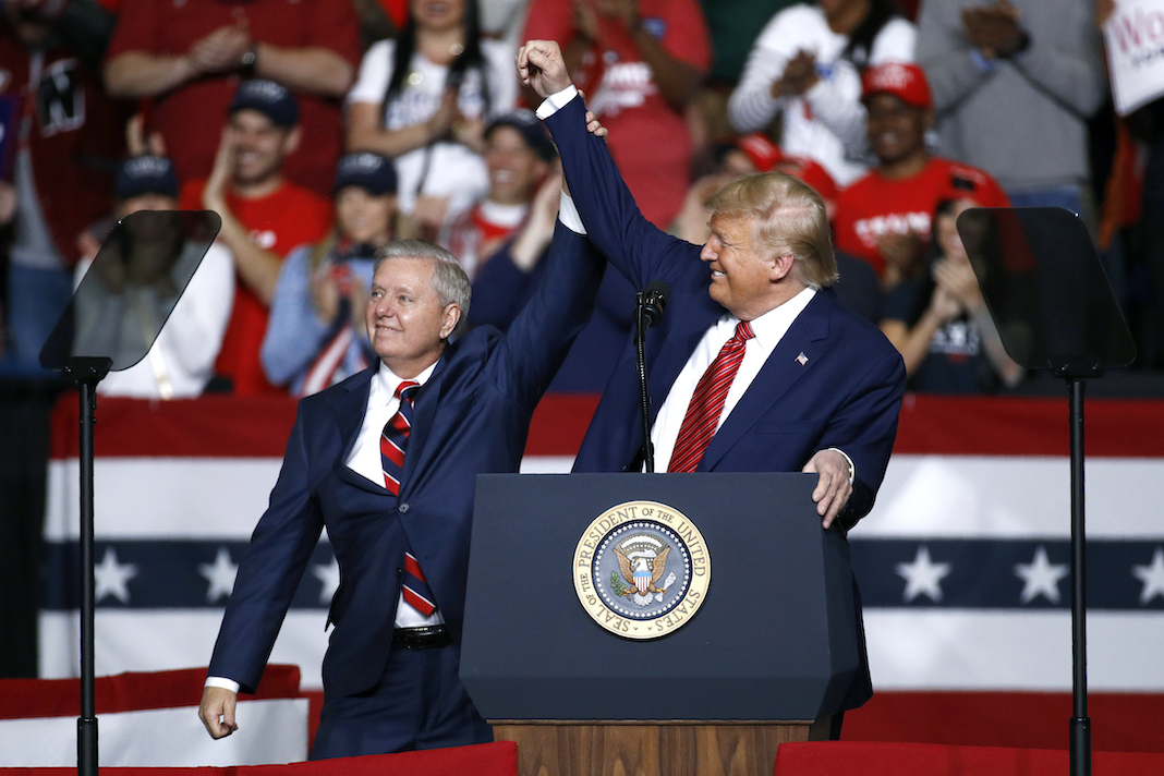Lindsey Graham campaigns with Donald Trump