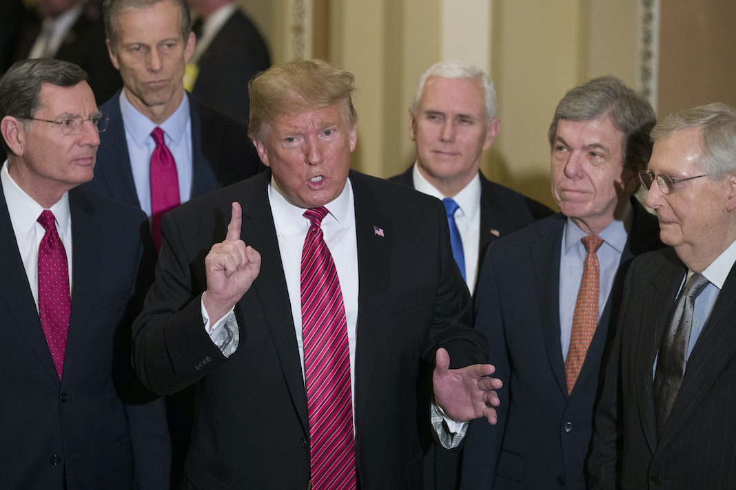 Donald Trump, Mike Pence, Mitch McConnell, John Thune, John Barrasso, Roy Blunt