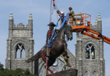 Removal of Confederate statue in Richmond, Virginia