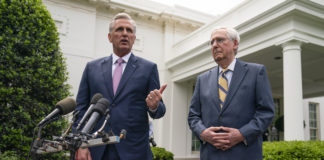 Kevin McCarthy with Mitch McConnell