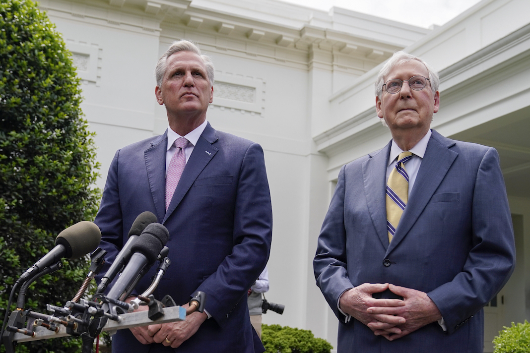 Kevin McCarthy, Mitch McConnell