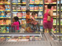Families, grocery store, food, child tax credit